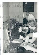 1977 Radio Sets Cleveland OH Society For The Blind ETI Press Photo