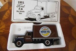 """NEW FIRST GEAR 1951 FORD F-6 DRY GOODS VAN 1/34 SCALE """"MOON PIE"""" FREE SHIPPING"""