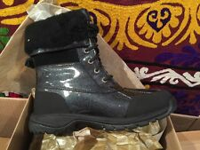 New in box! Ugg Butte Big Kids Boots Waterproof ~ Size 4