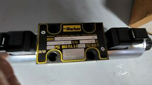 New PARKER D1VW001CNJJ Directotional Hydraulic Solenoid Valve 24 VDC
