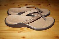 Crocs Capri V Flip Flop Leopard Print/ Espresso Thong Sandal Women's Size 11