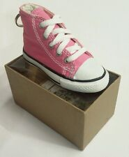 CONVERSE ALL STAR KEY CHAIN/RING KEYCHAIN PINK HI/HIGH TOP SHOE/SNEAKER 5 EYELET