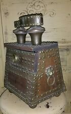 VINTAGE BRASS LION HEAD MEXICAN BRASS WOODEN SHOE SHINE BOX STUDDED ANTIQUE