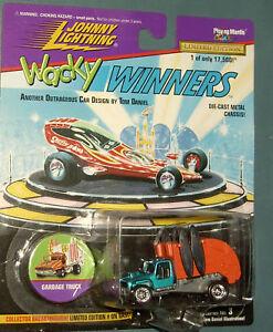 Johnny Lightning Wacky Winners Garbage Truck  3-00212