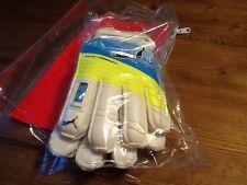 Puma evc power protect 3.3 junior soccer goalie gloves - new