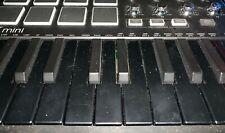 Akai Mpk Mini Mkii Keyboard Controller Special Edition - All Black (used)