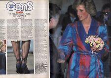 Coupure de presse Clipping 1985 Diana la Princesse en robe de chambre  (4 pages)