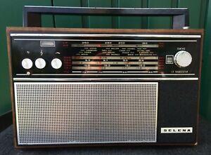 Kofferradio Selena, Minsk Radio Works, russisch, ungetestet f. Bastler