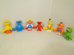 Sesame Street Connect and Count Figure Set 1-7 1994 Henson TYCO