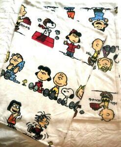 Berkshire Peanuts Plush Blanket Snoopy Charlie Brown 54 In x 70 In - Mint!