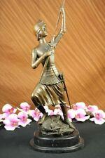 Sculpture du XXe siècle et contemporaines en bronze personnage