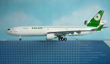 Hogan Wings 1:200 MD-11 EVA AIR CARGO LI4203G + Herpa Wings Katalog