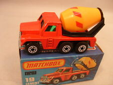 1978 MATCHBOX LESNEY SUPERFAST #19 CEMENT TRUCK NEW IN DAMAGED BOX