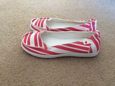 DROPE Womens Slip On Shoes Canvas Flats Red White Stripes 38 7.5 NEW Scuffs