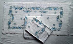 3 edle Walkfrottée Handtücher 50x100cm, made in Italy,weiß, hellblaue Blüten,NEU