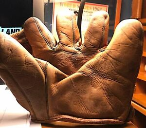 Vintage Lloyd Rigby Nokona G10 Split Finger Glove RARE