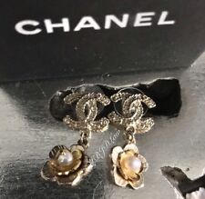 CHANEL 18C Camellia Flower Earrings Pearl Drop Crystal Gold Floral 2018 Stud NEW