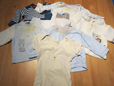 Lot vetements 5 tshirt + 1 body garcon 4 - 9 M set 5 tshirts + 1 body boy