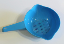 Tupperware Large 2 Quart Colander Strainer with Handle in Light Blue New