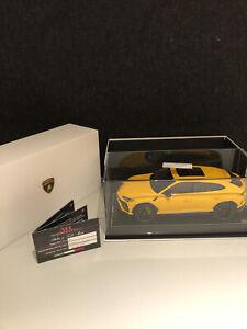 Original Lamborghini Urus Modelauto 1/18 MR collection models Gelb