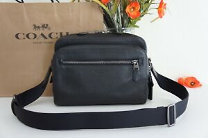 NWT COACH 91484 Men's West Camera Bag in Pebble Leather Black $350