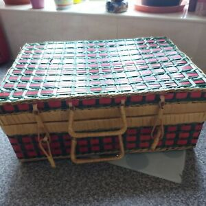 Vintage Picnic Wicker Hamper Woven Basket Food Gift Storage Christmas Hamper Log