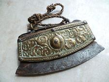 Briquet TIBETAIN ancien XIXe siècle, laiton, cuir du yak