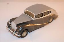 Replicars BV Rolls Royce Silver Wraith 1:42 hand built model perfect mint