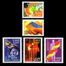 France 2001 - Scientific Events of the 20th Century - Sc 2837a-e MNH