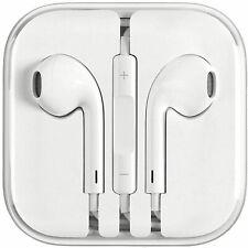 Apple Authentic EarPods � Headset w/ Mic & Remote Brand New 3.5mm 🎧 Headphones
