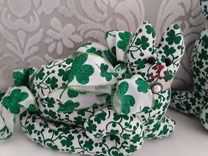 LUCK OF THE IRISH ST. PATRICKS DAY SHAMROCKS  RESTING  KITTY CAT SHAPE PILLOW