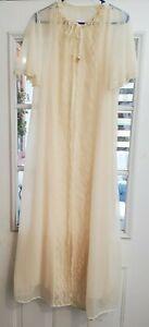 Vintage Cream Nylon Chiffon & Lace Nightgown Robe Peignoir Set Medium Wedding
