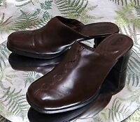 CLARKS BROWN LEATHER MULES SLIDES LOAFERS WORK DRESS HEELS SHOES WOMENS SZ 9.5 M