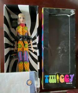 "NRFB 2001 ""Twiggy"" by The Franklin Mint-16"" Vinyl Portrait Doll MOD"