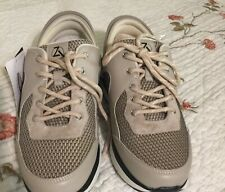 ZEBA X-Wide Tennis Shoes Size 9.  NWT In box
