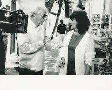 DIRECTOR LEWIS GILBERT  PAULINE COLLINS  SHIRLEY VALENTINE 1989 PHOTO ORIGINAL