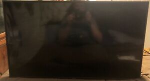 hisense roku tv 32 inch, original remote tv works great, the LCD screen cracked
