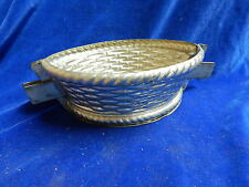 MOULE A CHOCOLAT ANCIEN / Old chocolate mold - PANIER / Basket