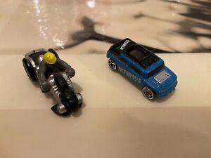 Hot Wheels planet Micro Machines  Mattel lot moto et une voiture aimanté