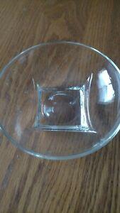 "Clear Round Glass Serving Salad Dessert Fruit Cereal Bowl  6"" diameter"