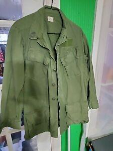 Vintage US ARMY Vietnam Era Uniform Jacket Shirt Olive Rip-Stop Size Small Long