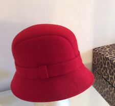 Next pillar box red 100% wool bowler hat new fabulous hat with band detail vgc