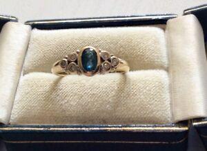 Stunning Ladies Full Hallmarked Solid 9CT Gold Blue Topaz & Diamond Ring Nice