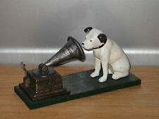 HMV Nipper Dog & Gramophone model..a nice icon for music lovers. Lovely gift !!