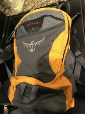 OSPREY STRATOS 18 Hiking Hydration Backpack Day pack Small / Medium Yellow Grey