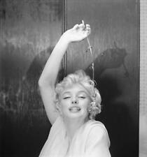 MARILYN MONROE 8x10 PICTURE LOOKING STONED PHOTO