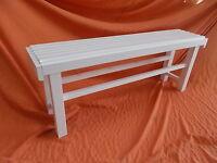 BANCO de madera gruesa maciza alistonada de 3x3 y patas 5x5. Largo 1,20. Blanco
