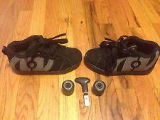 Heelys 7571 No Bones Lo Kids Size 2 Skate Shoes