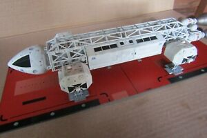 Space 1999 Eagle 1 Transporter built model 1/72 14 inch long MPC + display base