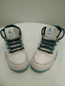 BOYS SHOES  NIKES FLIGHT SIZE 11C WHITE AND TEAL